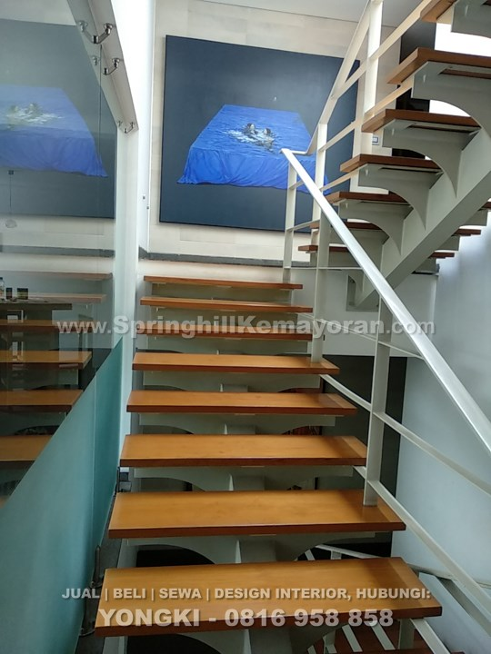 Rumah 3 lantai di Senopati (SKC-5110)