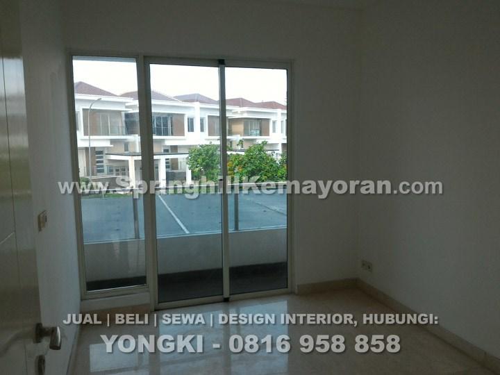 Rumah 8x25 di Golf Residence Kemayoran (SKC-5930)