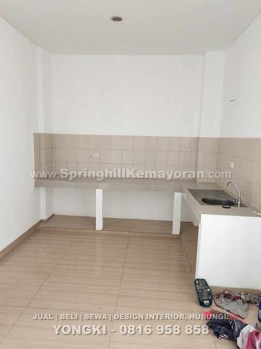 Rumah 3 lantai di Kelapa Gading (SKC-7726)